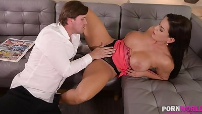 Top-heavy bombshell Chloe Lamour needs her asshole all round be crammed in the matter of big cock GP904