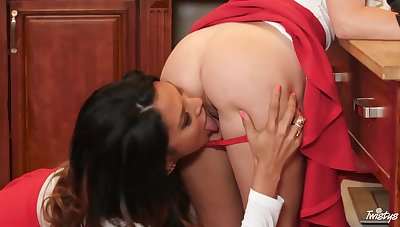 Charming girls with big bubble asses go lesbian to enjoy scissoring