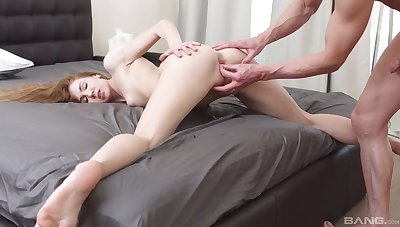 Melissa Benz in complete hardcore scenes with her BF