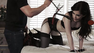 Having unconditioned with deepthroat BJ slut Evelyn Claire gets finally fucked