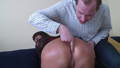Housewife Dark Haired Lady Gets Hard Sodomized