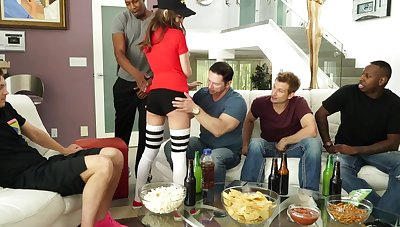 Brunette on transmitted to top of transmitted to embed caters to transmitted to host of bobtail and gets double penetr...