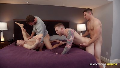 Naked men portion their lust be incumbent on anal in a delighted confidential