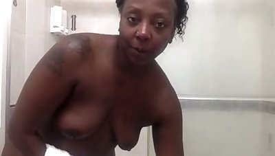 There's no better ass in the universe and this slut loves showering on cam