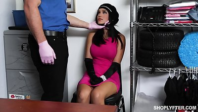 Security guy fucks deep throat and wet pussy of sexy spoil Alina Belle
