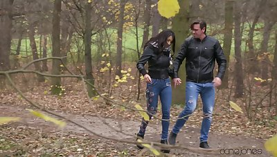 Outdoors blowjob leads to passionate screwing in the house with Cristina