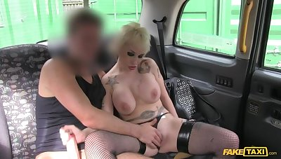 Spanish Goblin Haired MILF Adjacent to Successful Tits Fucks Cabbie For Ride